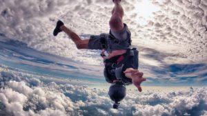 экшн камера для прыжков с парашутом