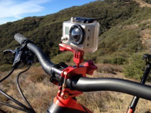экшн камера на руле велосипеда