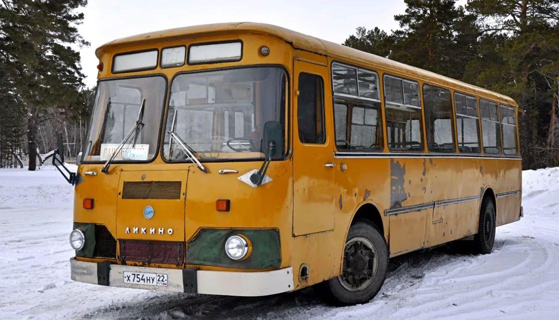 "ЛиАЗ-677 ""Скотовоз"""